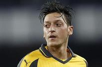 Wenger: Oezil's future does not depend on me