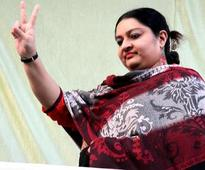 Two ex-AIADMK MLAs declare support for Deepa Jayakumar