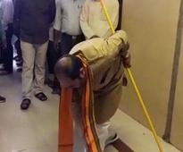 Armed with broom, UP Minister cleans office, corridor