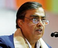 BT Podcast: Mukesh Ambani to invest Rs 5000 cr in West Bengal; Centre ends Haj subsidy