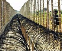 Pak violates ceasefire,infiltration bid foiled