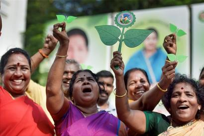 'Two Leaves' case highlights need for updated law on party splits