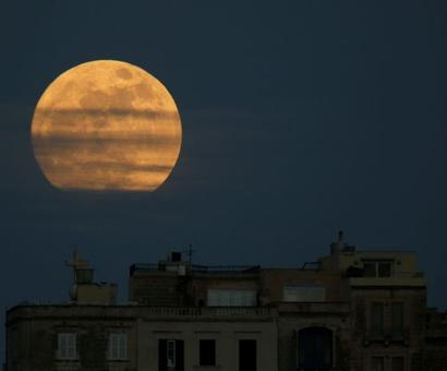 PHOTOS: 2018 begins with supermoon