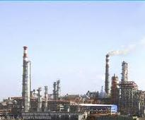 Rosneft of Russia to acquire 49% stake in Essar Oil
