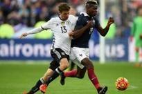 Camaraderie replaces rivalry for France, Germany after Paris attacks