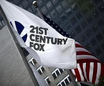 Comcast,Verizon plan to buy some assets of Murdoch's Fox: Sources