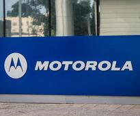 Motorola steps up offline play to grow India sales with 1,000 Moto stores