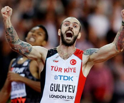 World Championships PHOTOS: Carter earns shock 400m hurdles win from outside lane