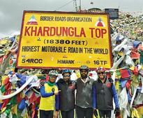 Five Pune cyclists complete expedition to Khardung LA