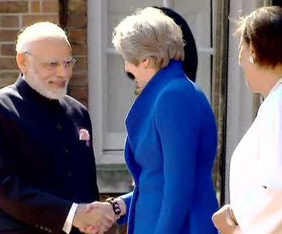PM Modi arrives at Buckingham Palace to attend CHOGM