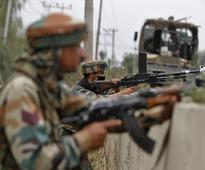 Indian, Pakistani army clash on LoC