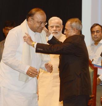 Pranab keen to sign GST bill
