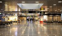 Airport boss resigns