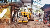 Finally, BMC removes stalls outside Andheri (E) station to make way for auto ramp