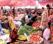 Sunday Bazaar: Customers complain about inflated prices