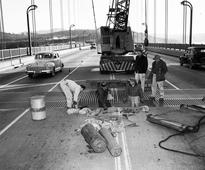 When the Golden Gate Bridge was closed by a violent storm