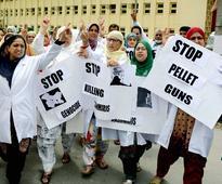 Blinded by pellets, Kashmiri teen Insha Mushtaq clears class 10 boards