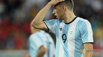 Argentine forward Calleri moves to West Ham