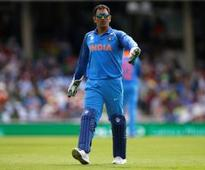 Dhoni keeps Rhodes' daughter & son in 'safe hands'