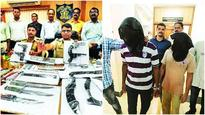 Thane cops nab dacoits, seize plethora of weapons