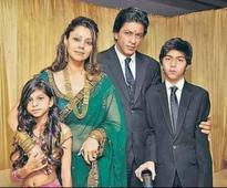AbRam Makes His Debut In The Khan Family Portrait And Steals Everyone Else's Thunder