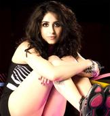 Neha Bhasin wants Viva to reunite for a song!