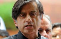 HC seeks reply from Arnab, Republic TV on Tharoor defamation plea