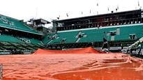 Rain cancels day's play at French Open