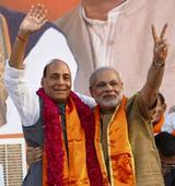 Rajnath skips protocol in honour of Modi