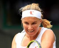 Kuznetsova launches title defence with win over Irina-Camelia Begu in Sydney