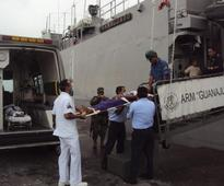 Mexico to free Cubans found at sea, give them residency