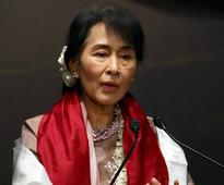Myanmar's Suu Kyi calls for transparency in economic system