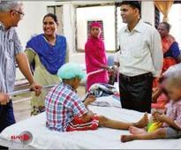 Abandoned by kin, Delhi girls find saviours ...