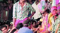Natak enthralls Adivasis at Nagoba Jatara