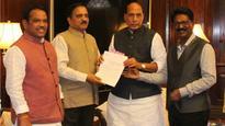 Maharashtra minister Diwakar Raote meets Rajnath Singh over changing names of rly stations in Mumbai