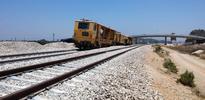 Netanyahu accuses Katz as trains stop