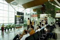 Bharti, Phoenix, DLF in fray to build India's first airport mall