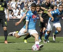 Napoli brush aside Verona without Higuain