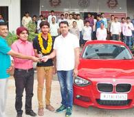 Remember the lucky IIT-JEE Topper who was gifted a BMW by his coaching institute? He has returned the car, here's why