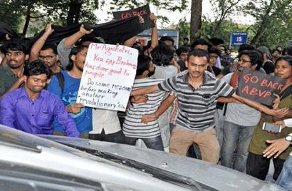 Clashes break out in Jadavpur University over screening film