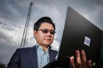 Scientists Build New 5-in-1 Antenna for Laptops