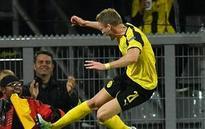 Dortmund winger Andre Schuerrle reinjures right knee