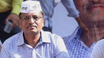 Woman hurls slipper at AAP's Satyendar Jain over Kejriwal's LoC remark