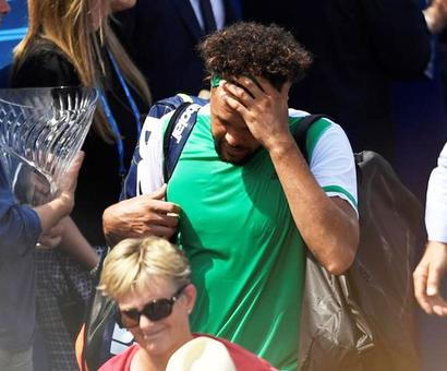 Tennis round-up: Tsonga joins exodus of seeds at Queen's