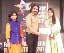 Preeti Jhangiani wins best actor award for 'Taawdo' at RIFF