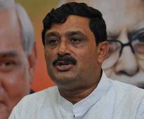 Congress indirectly helping TMC in stalling Saradha probe: BJP