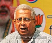 Close shave for Tripura governor after tractor hits car
