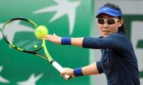 Zheng upsets home favourite Konta