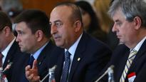 Turkey doing its best to aid refugees: foreign minister