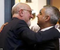 Sadiq Khan attends memorial as first act as Mayor of London